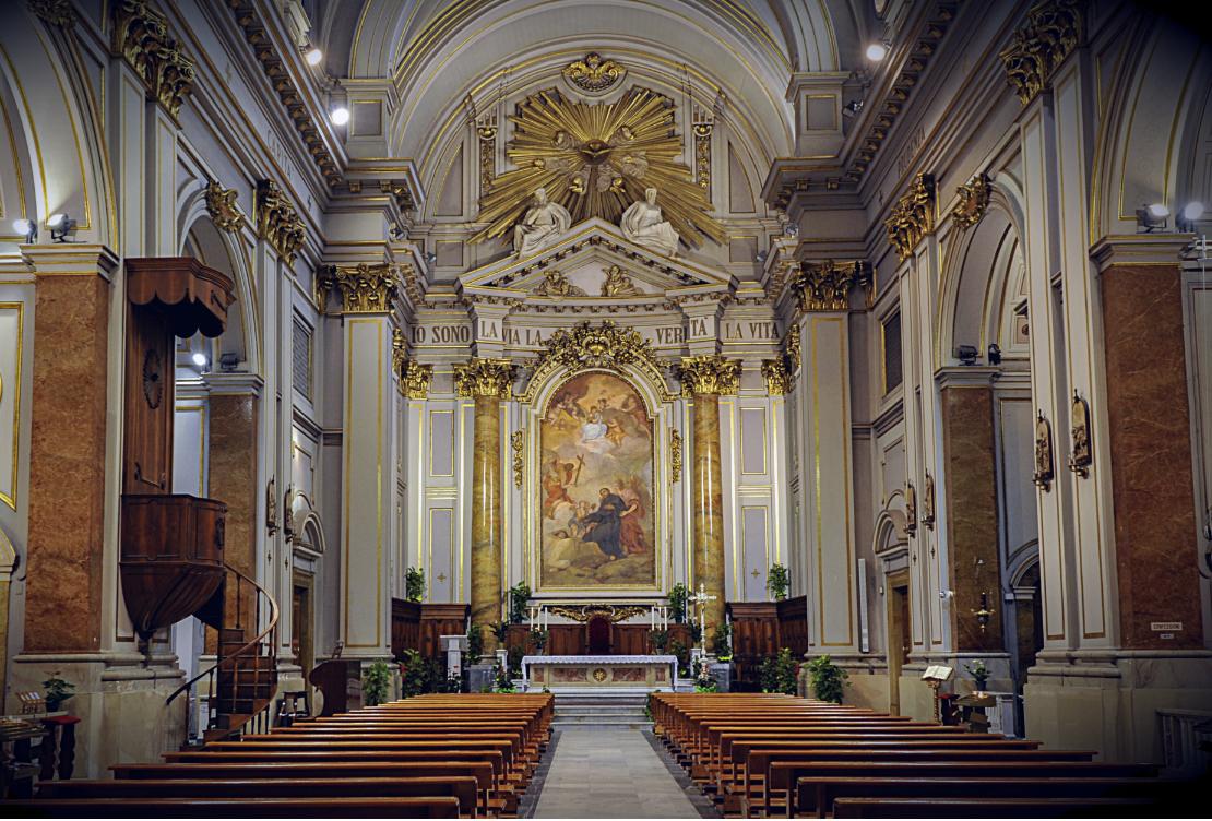 cattedrale civitavecchia interno