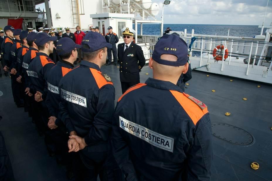 guardia costiera ammiraglio melone