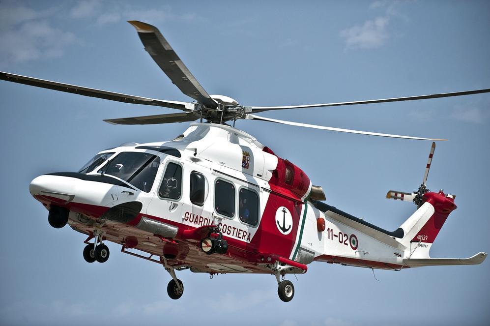 Elicottero Napoli : Donna incinta soccorsa con elicottero su nave da crociera