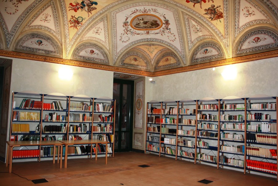 biblioteca tarquinia