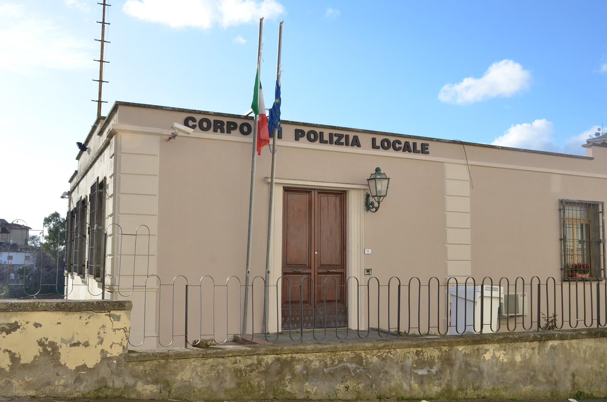 comando_polizia_locale_montalto