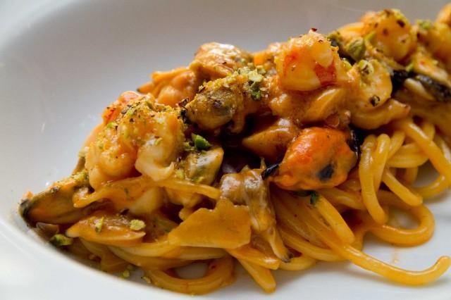 spaghetti-amatriciana-di-mare-08-640x426