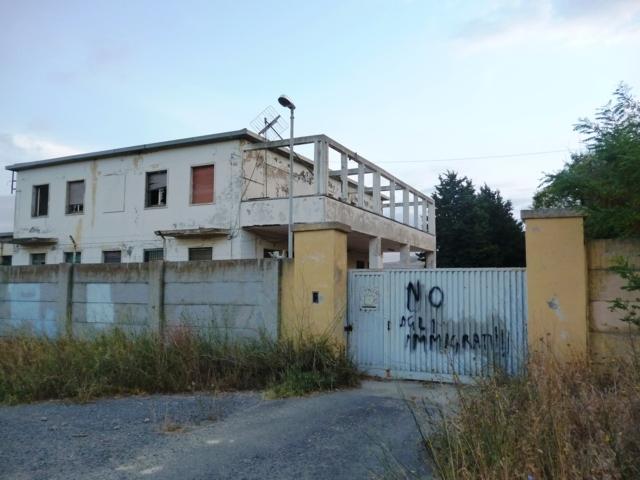 ingresso ex-deposito munizioni Tarquinia