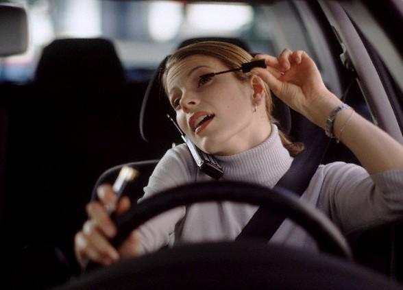 truccarsi in auto