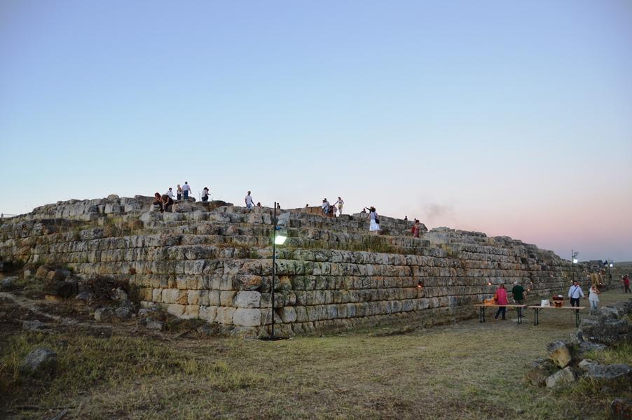 tempio etrusco ara della regina