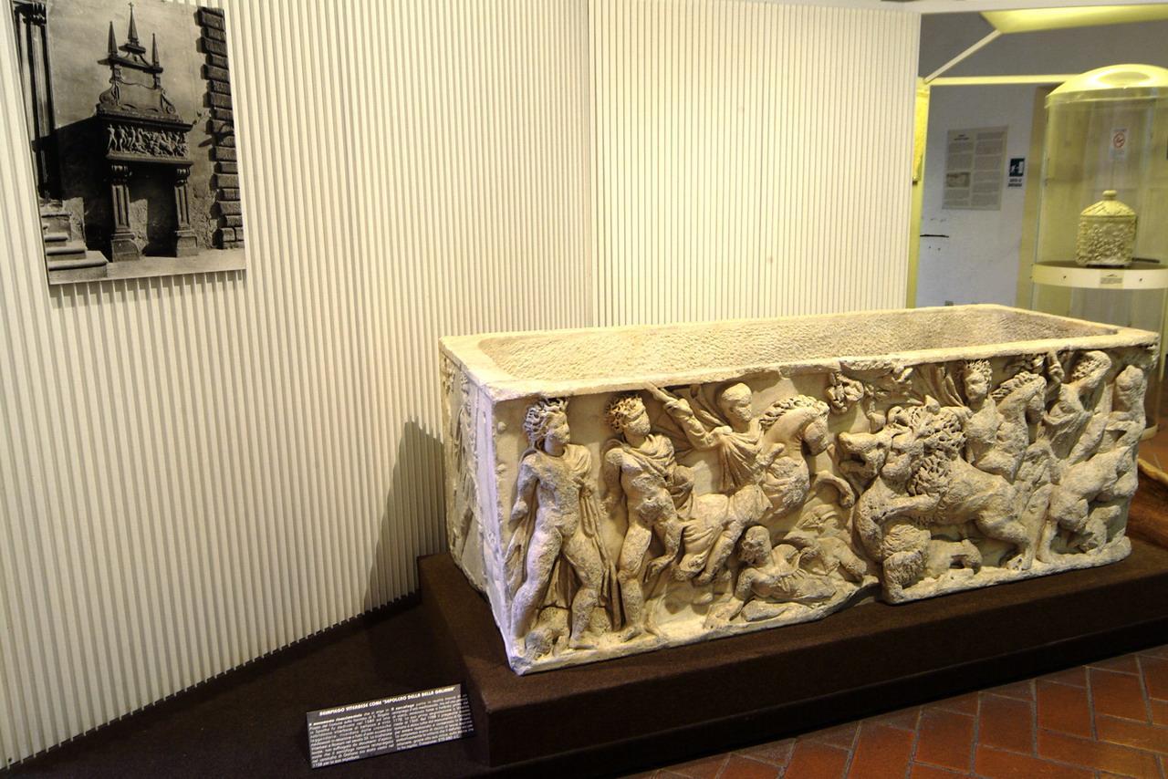 viterbo sarcofago galiana