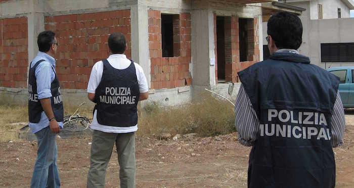 polizia controlli abusivismo edilizio