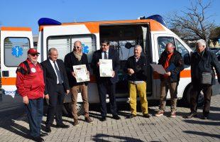 ambulanza protezione civile ladispoli