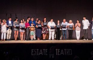 Premiazione teatro al chiostro