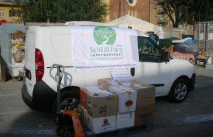 Il furgone di Semi di Pace con i donativi a Lavirono