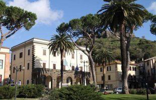 Palazzo comunale trevignano+ museo civico