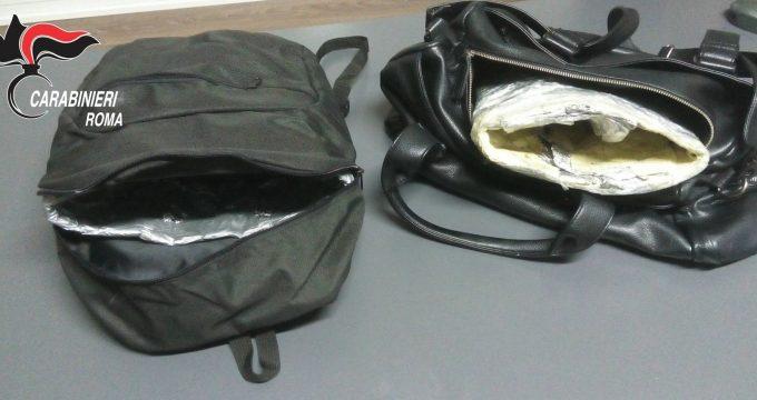 COLLEFERRO - Le borse schermate sequestrate dai Carabinieri