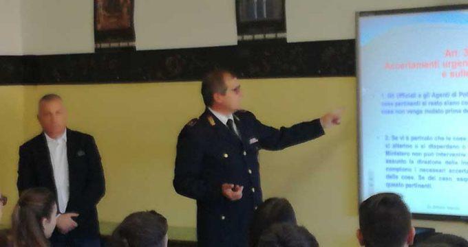Polizia_scuola