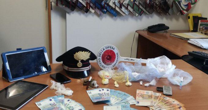 CIVITAVECCHIA - La droga sequestrata dai Carabinieri