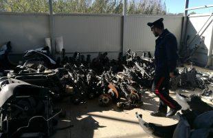 FRASCATI - Il capannone sequestrato dai Carabinieri (2)