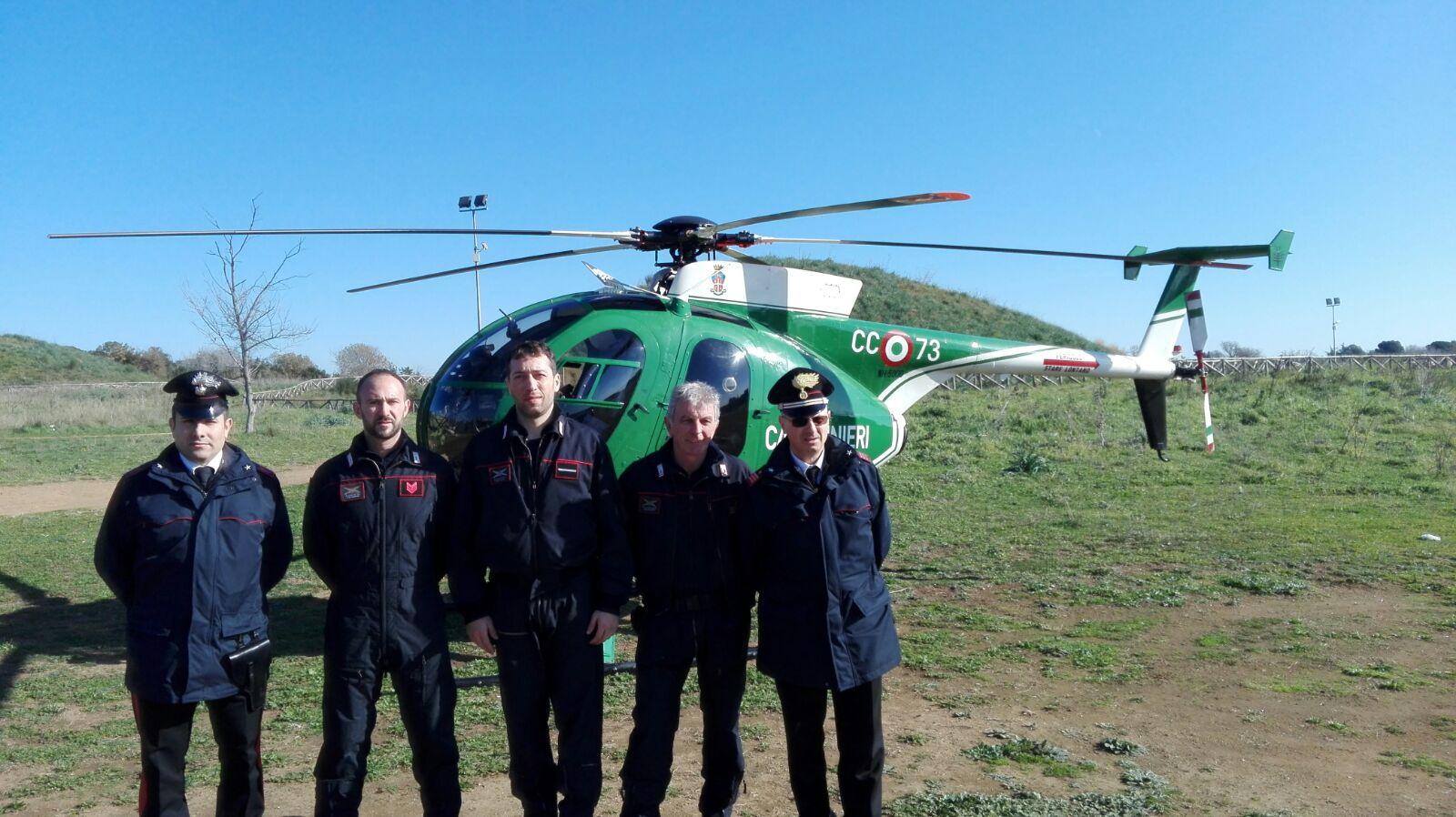 Elicottero 205 : Elicottero carabinieri cerveteri news