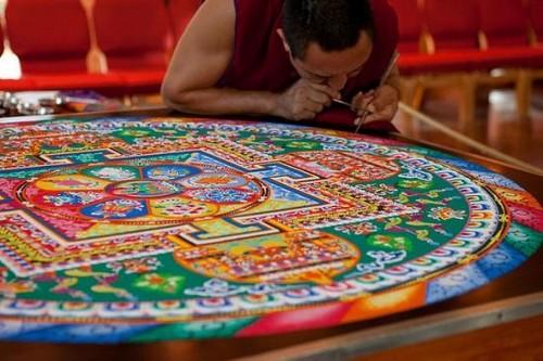 monaco-tibetano-mandala