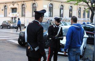 PIAZZA DANTE - Controlli dei Carabinieri nel Rione Esquilino (3)