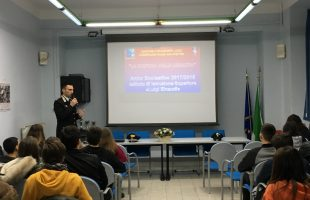 SAN PIETRO - Cultura della legalità alla scuola Einaudi