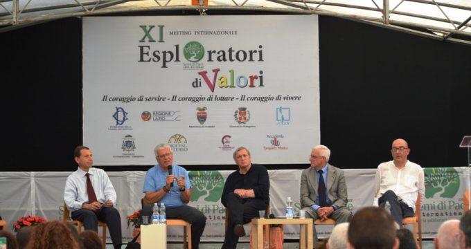 Meeting2017,dasinistraigiornalistiColaiacomoeMira,DonCiotti,l'imprenditoreBentivoglioeilpresidentedellaF